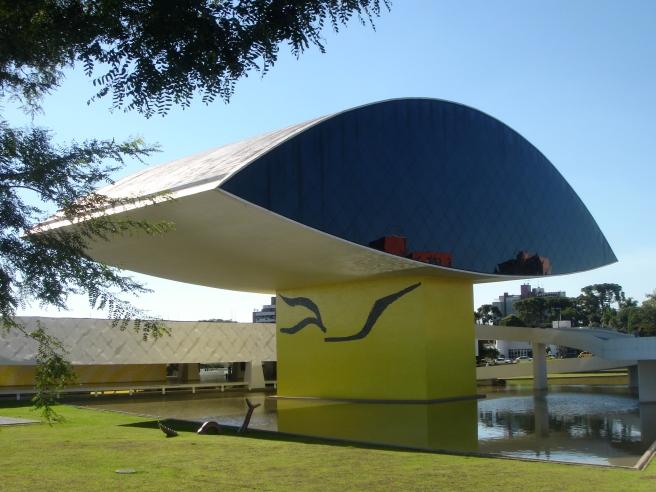 Olho_Neimayer_Curitiba_03_2007